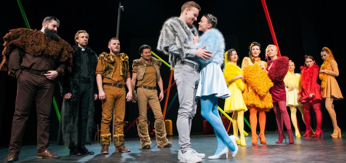 Teatr Miejski w Gliwicach_ Damy i Huzary_ fot Bożena Nitka (4)