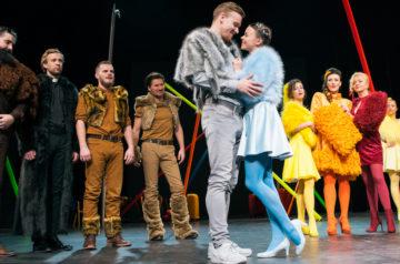 Teatr Miejski w Gliwicach_ Damy i Huzary_ fot Bożena Nitka