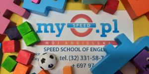 Na zdjęciu wizytówka szkoły speed