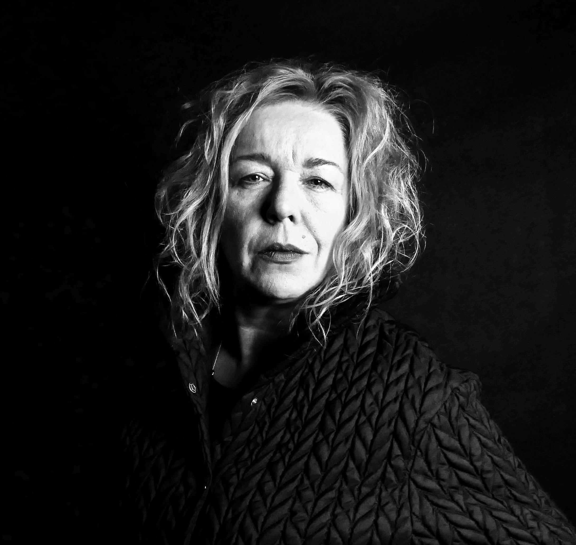Portret reżyserki Joanny Oparek